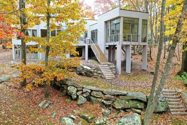 Spectacular Lakefont Home