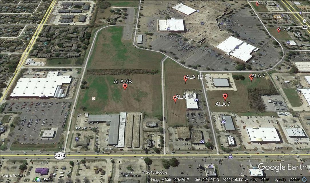Excellent location with access from Ambassador Caffery. All listed dimensions are estimates. Price of property facing Mall is $10/sf. Price of property facing Tucker Dr is $12/sf. This tract can be divided into two parcels with road frontage. Final price to be based on approved survey. Demographics: 3 miles - population: 61,155 - Avg HH income: $85,968. 5 miles - population: 121,996 - Avg HH income: $79,837. 10 miles - population: 225,377 - Avg HH income: $72,749.
