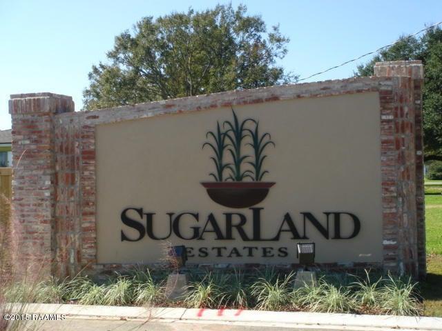80 Sugartrace Lane, New Iberia, LA 70563