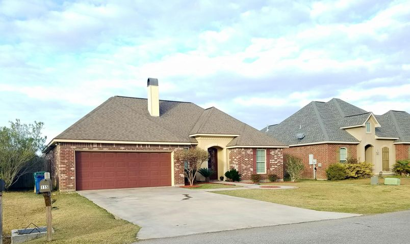 115 Tall Oaks Lane, Youngsville, LA 70592