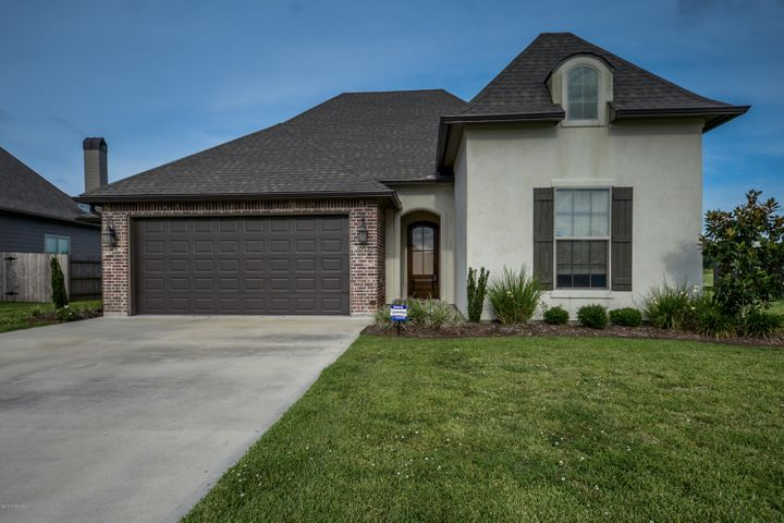 313 Sugar Creek Lane, New Iberia, LA 70563