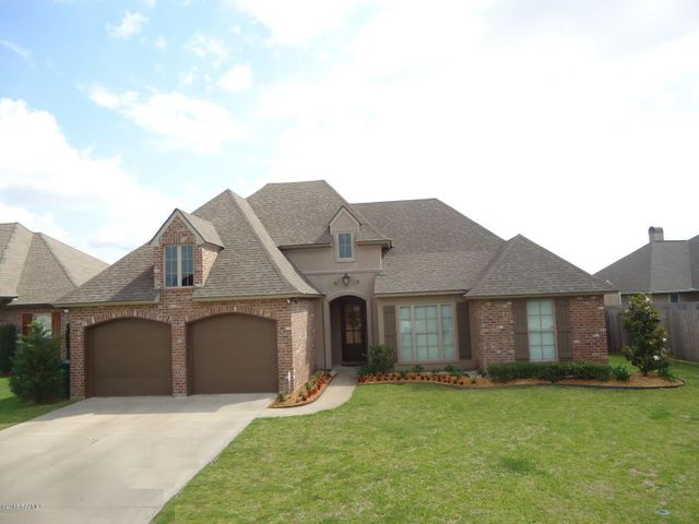 Front of your new home at 104 Majestic Oaks Broussard LA 70518