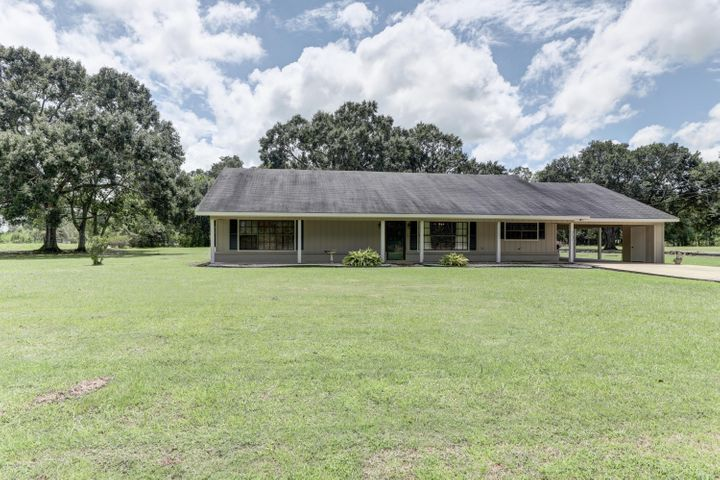 9735 Baudoin Pvt Rd Road, Maurice, LA 70555