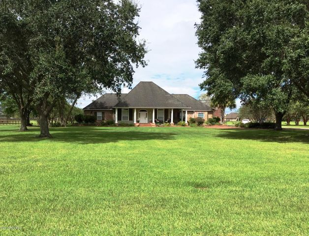406 Copperfield Way, Youngsville, LA 70592