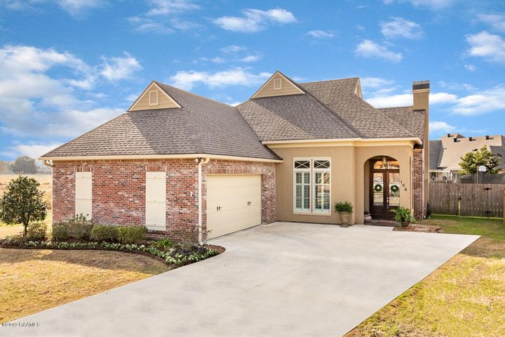 106 Beethoven Drive, Youngsville, LA 70592