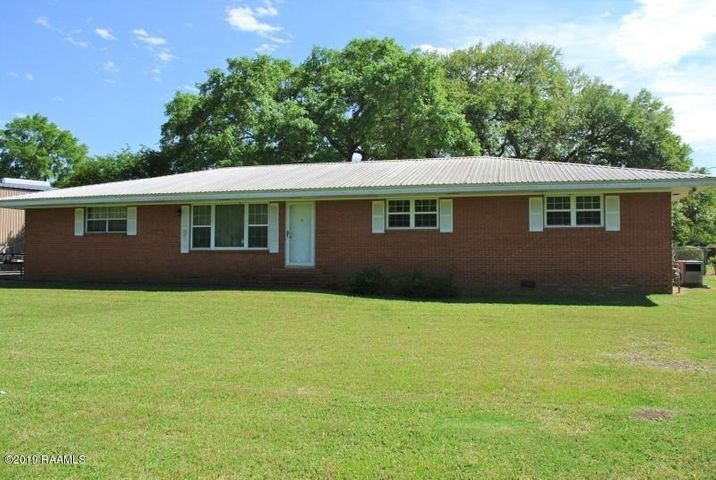 1106 Loreauville Road, New Iberia, LA 70563