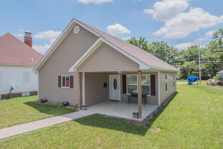 812 W Rollins St., Moberly, MO 65270