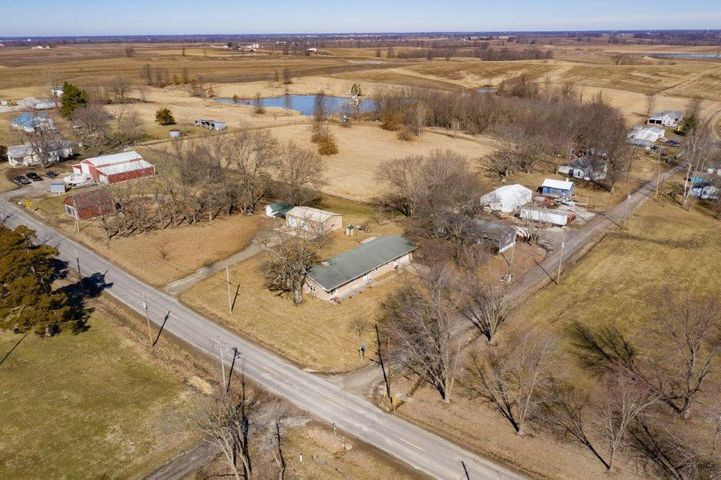 100 North St., Rothville, MO 64676