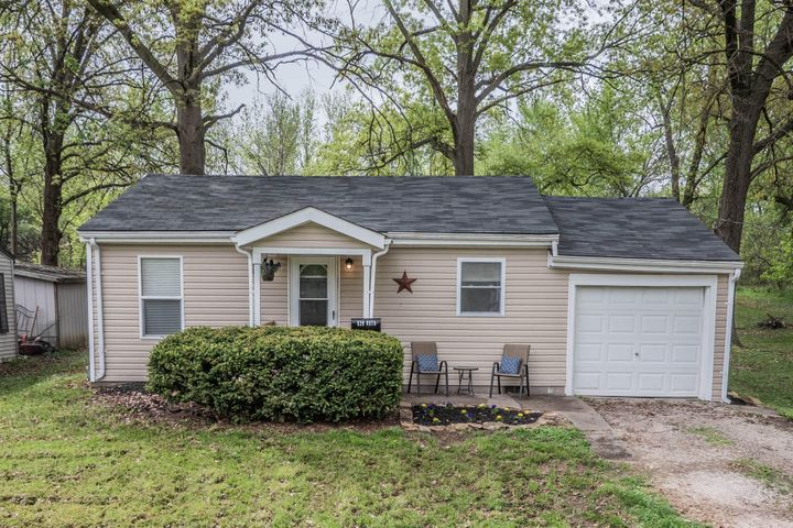 520 Ruth Ave., Moberly, MO 65270