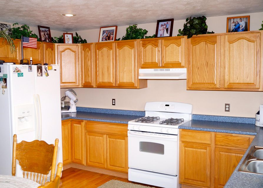 open kitchen cabinets 1203 barn freeport mi 49325 sold listing 1203