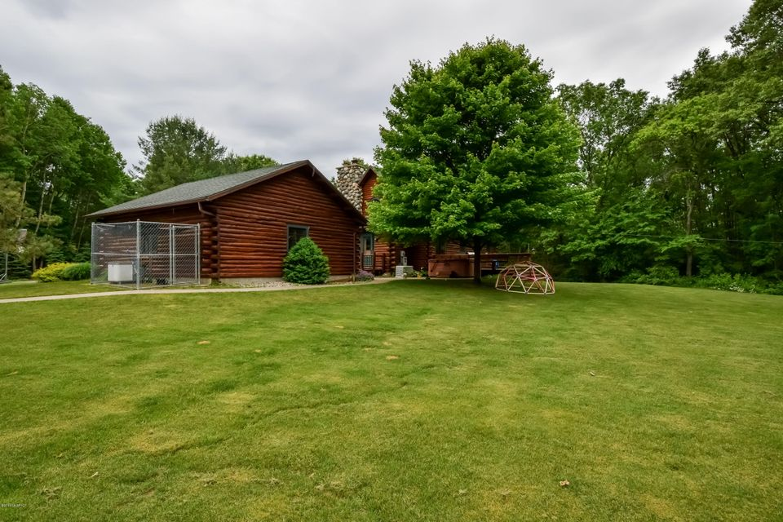 5800 waddell creek dr ne belmont mi 49306 sold for Waddell custom homes