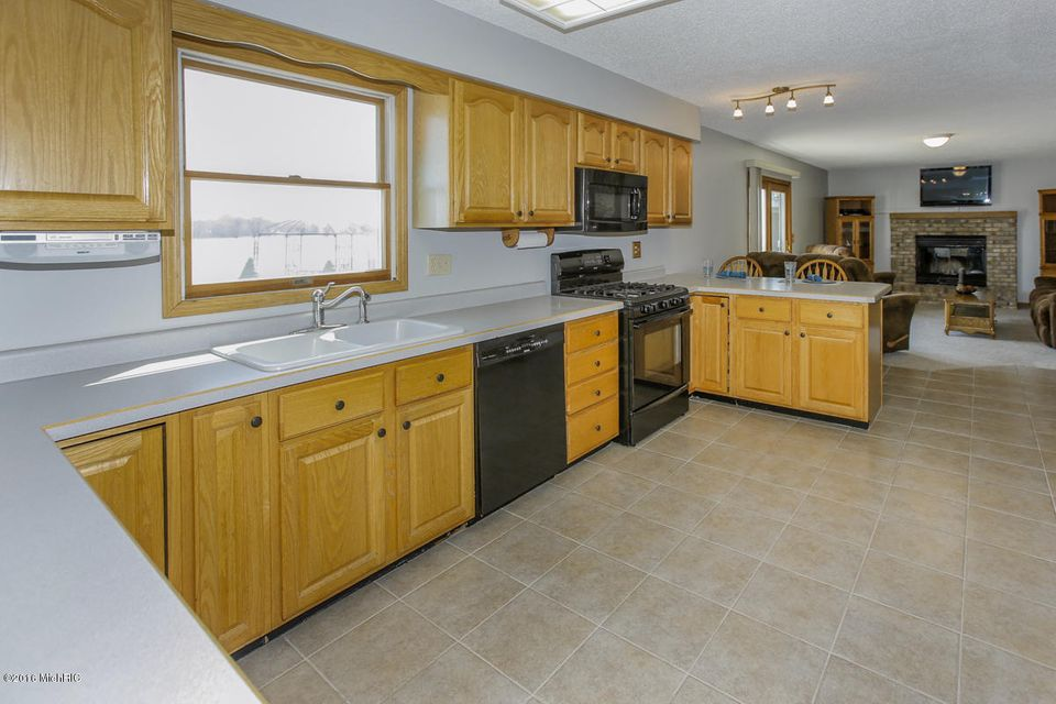 country kitchen marshall mi 17560 g drive s marshall mi 49068 sold listing mls 6101