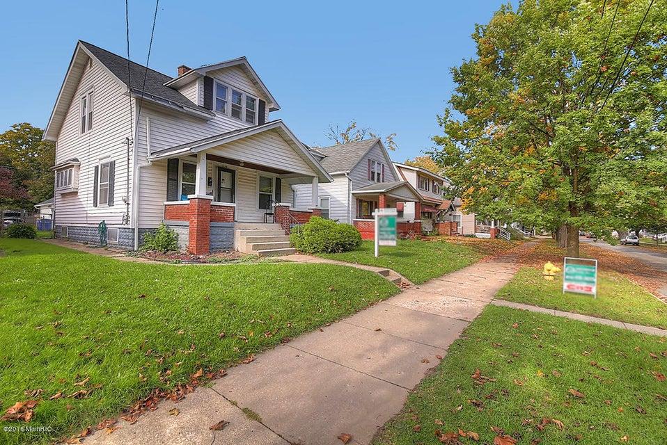 1029 Davis Avenue Nw Grand Rapids Mi 49504 Sold