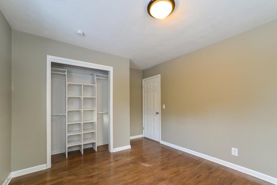 018-Bedroom 1-3668434-medium