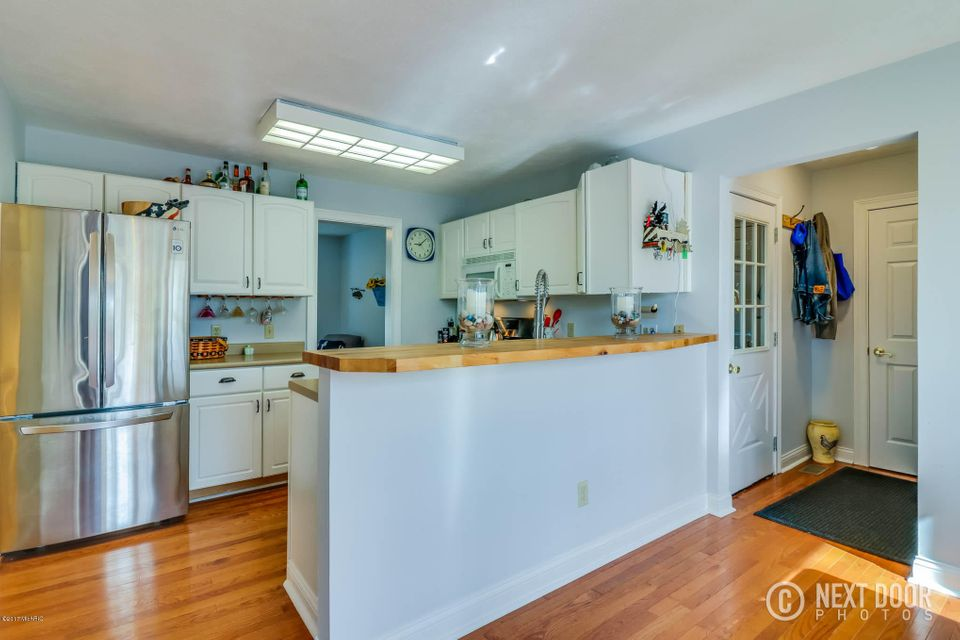 105 Orchard Drive, South Haven, MI, 49090 - SOLD LISTING, MLS ...