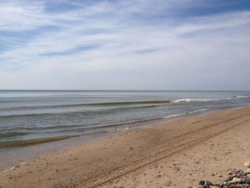 7227 beach south haven mi 49090 sold listing mls for Beach house designs south haven mi