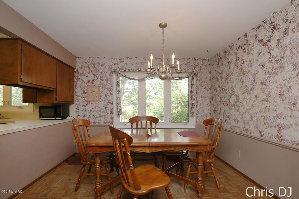 3435 waterford court ne grand rapids mi 49525 sold for Waterford grand