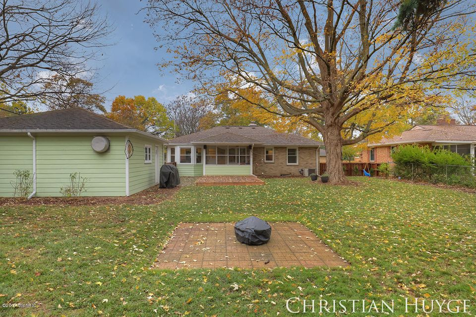 671 Conger Street NE, Grand Rapids, MI, 49505 - SOLD LISTING, MLS ...