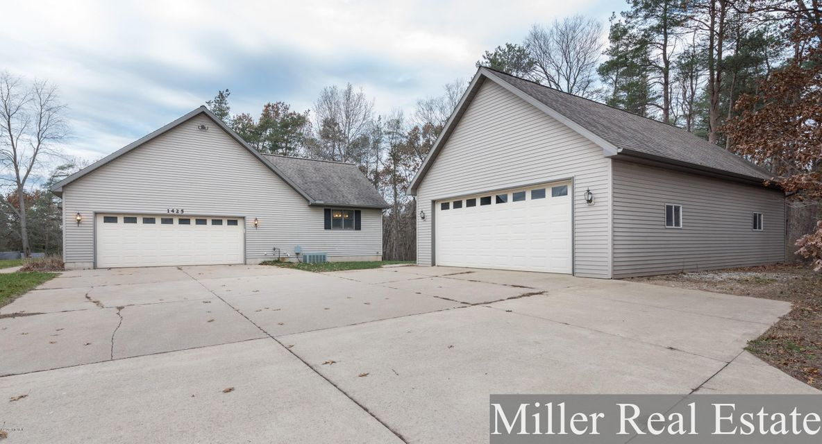 Captivating 1425 Hammond Road, Hastings, MI 49058