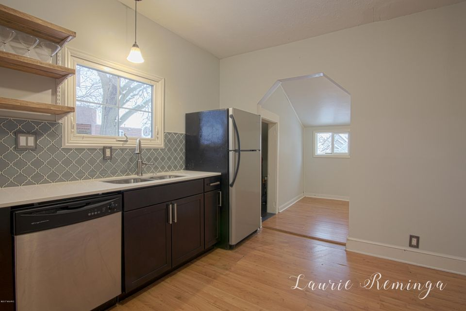 Captivating 624 Bates Street SE, Grand Rapids, MI 49503