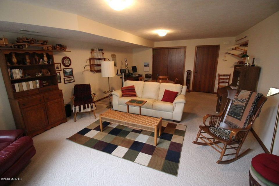 1022 Country Garden NW, #33, Grand Rapids, MI 49534 - SOLD LISTING ...