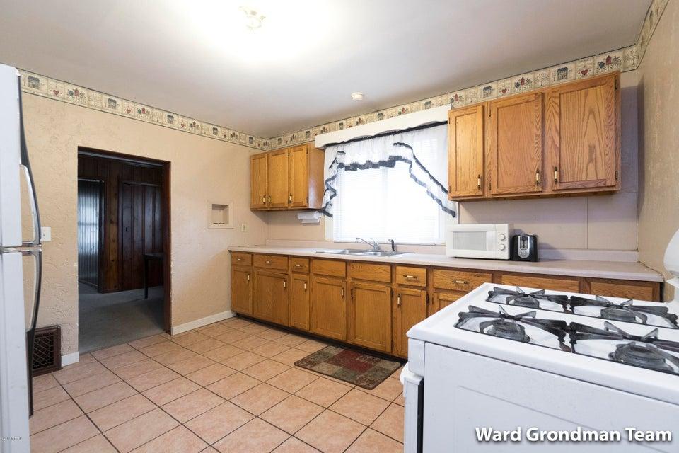 2023 Huizen Avenue SW, Wyoming, MI 49509