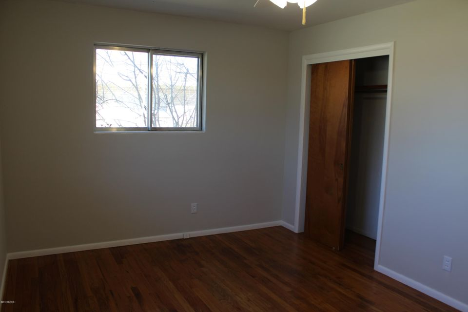 1760 GERDA Street SE, Kentwood, MI, 49508, MLS # 18007016 | Jaqua ...