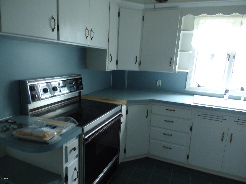 1678 Vernon Place, Muskegon, MI, 49441, MLS # 18007920 | Jaqua Realtors