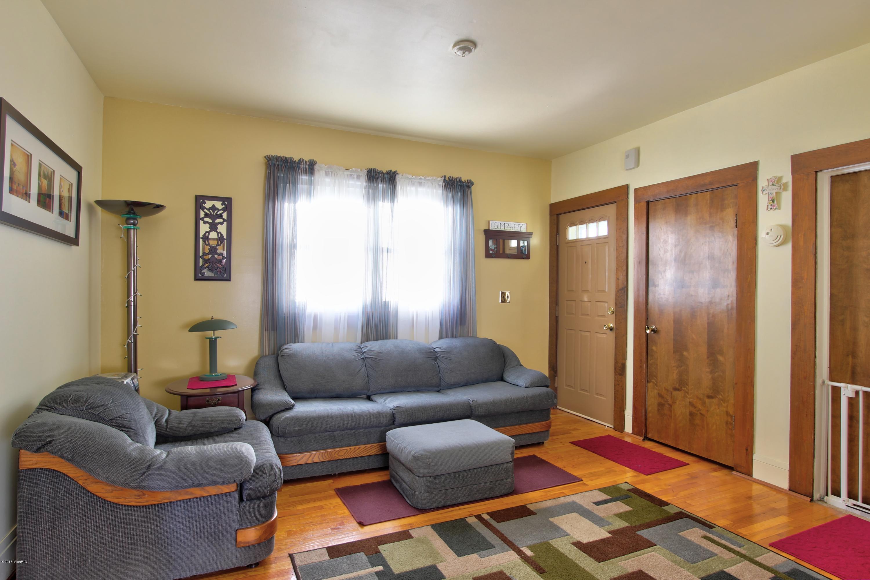 1015 Park Street SW, Grand Rapids, MI 49504