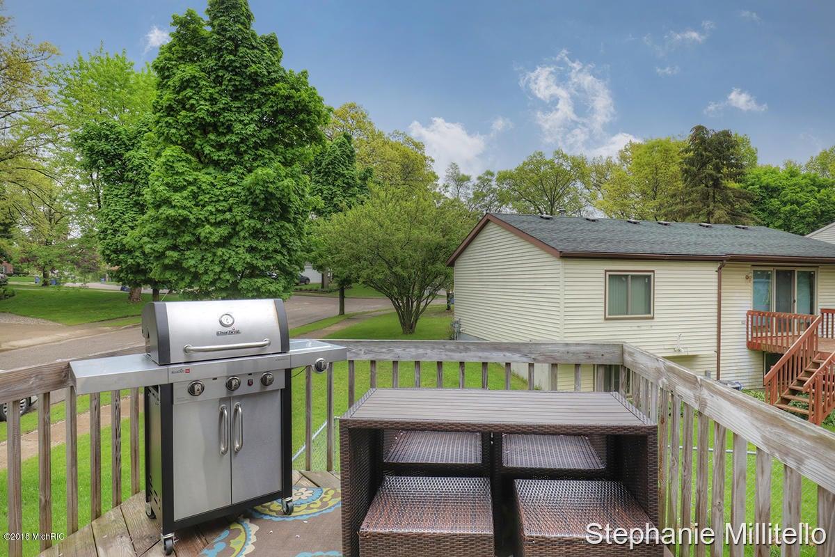 1304 Rosewood Avenue Se Grand Rapids 49506 Sold