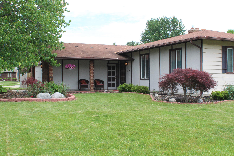 3884 Granada Court NW, Grand Rapids, MI 49534