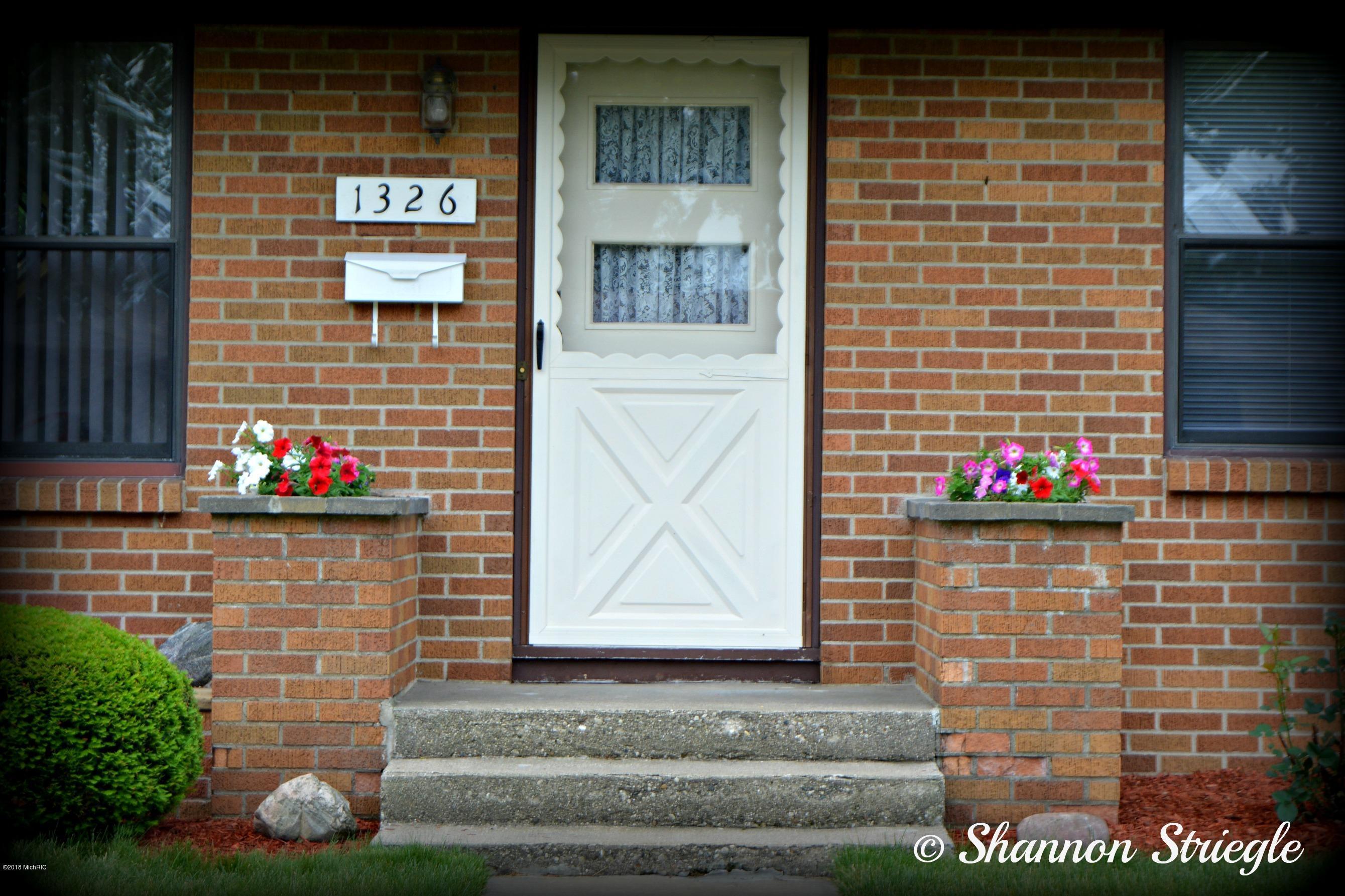 1326 Blanchard Street SW, Wyoming, MI 49509