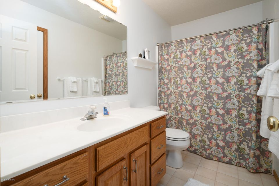 7853 Ashton Woods Drive, Portage, MI, 49024, MLS # 18032665 ...