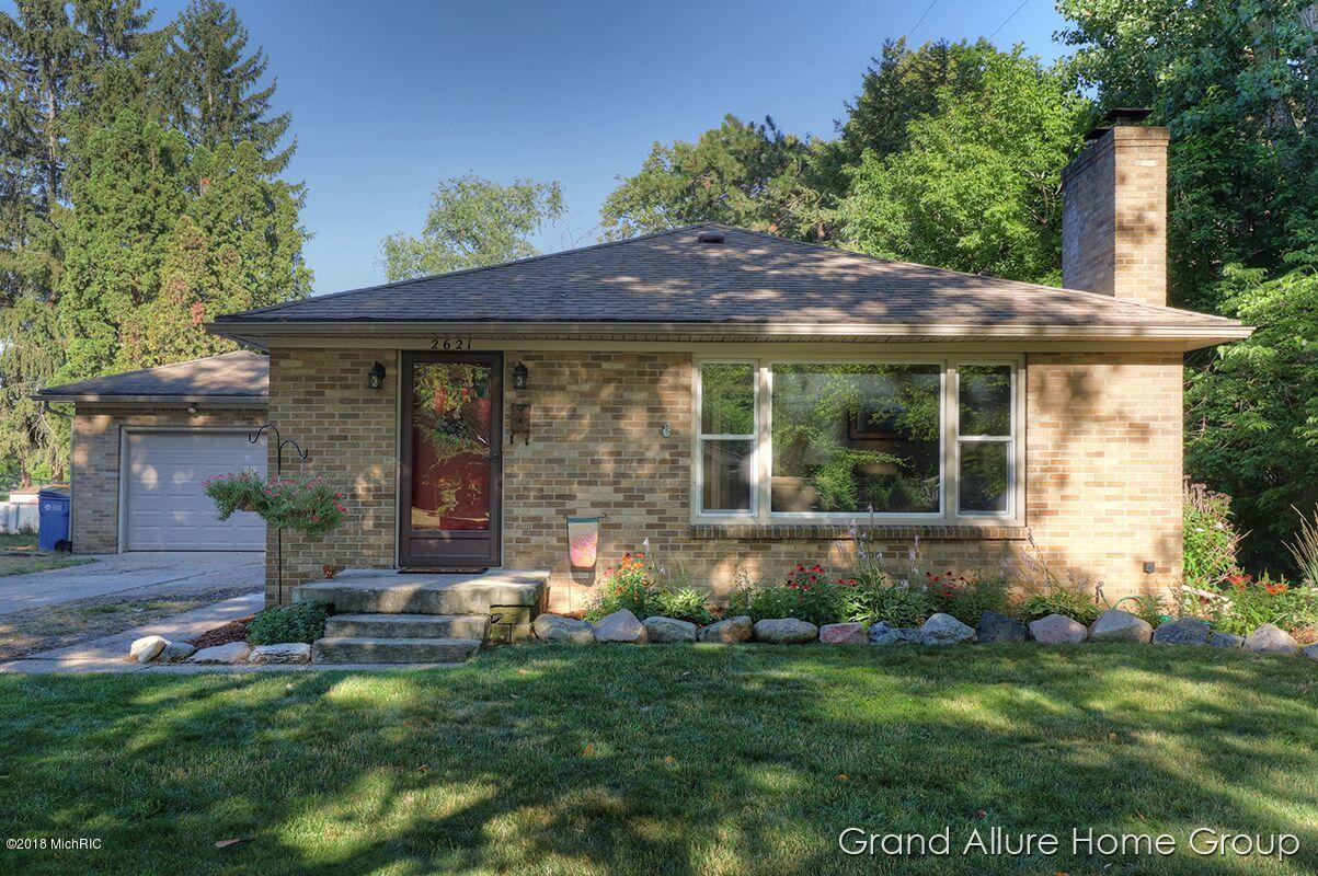 2621 Lafayette Avenue NE, Grand Rapids, MI 49505