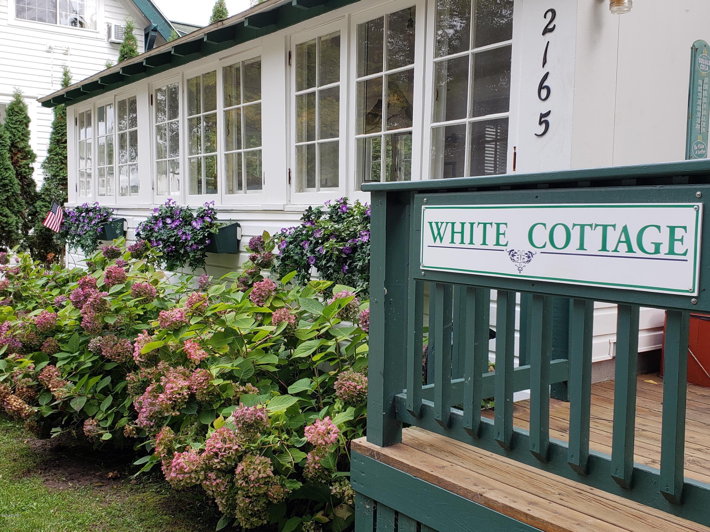 2165 Ninth Street White Cottage Onekama Mi 49675