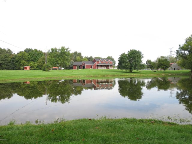 Idyllic setting for this Alto Gentleman's Farm w/ 10 acres plus 25 acres leased hayfield, Duck Pond, and Horse Barn w/ stalls and upper Haymow.