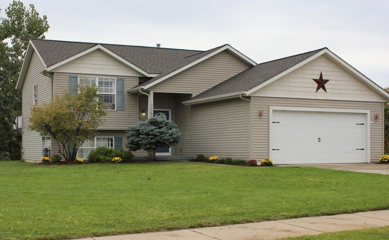 4240 Cloverfield Court, Wayland, MI 49348