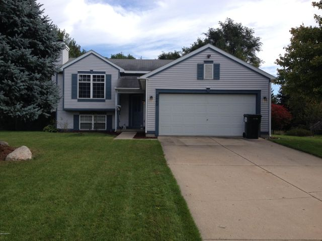 2860 Alson Drive NE, Grand Rapids, MI 49505