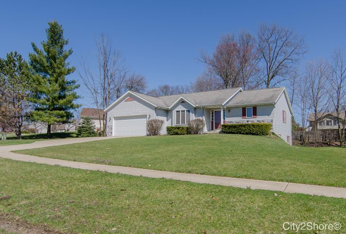 6706 Highmeadow Drive SW, Byron Center, MI 49315