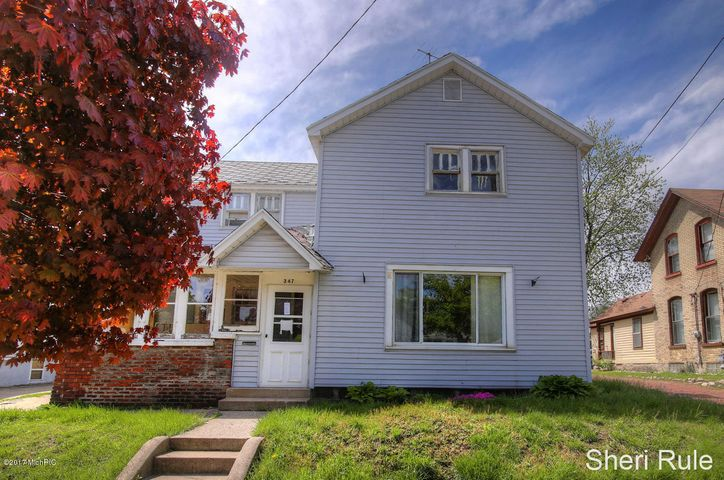 347 INDIANA Avenue SW, Grand Rapids, MI 49504