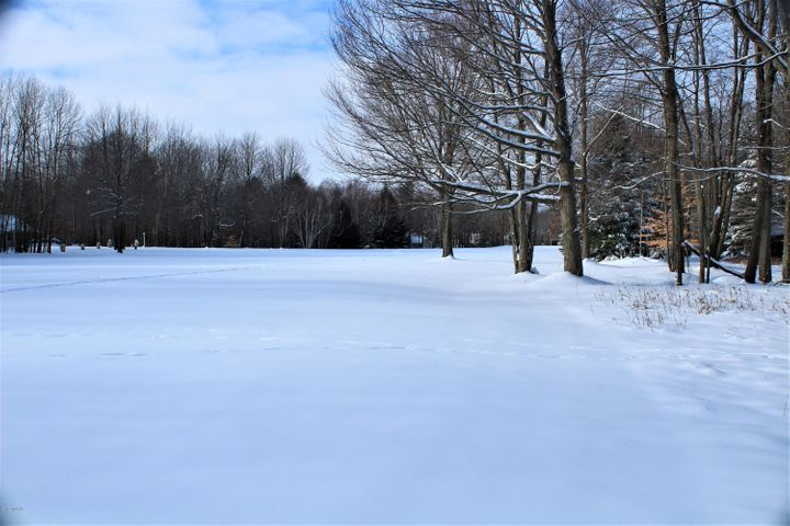 View of 15th hole at the Royal Golf Club.