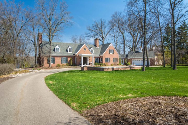 Luxury Homes In Grand Rapids Michigan
