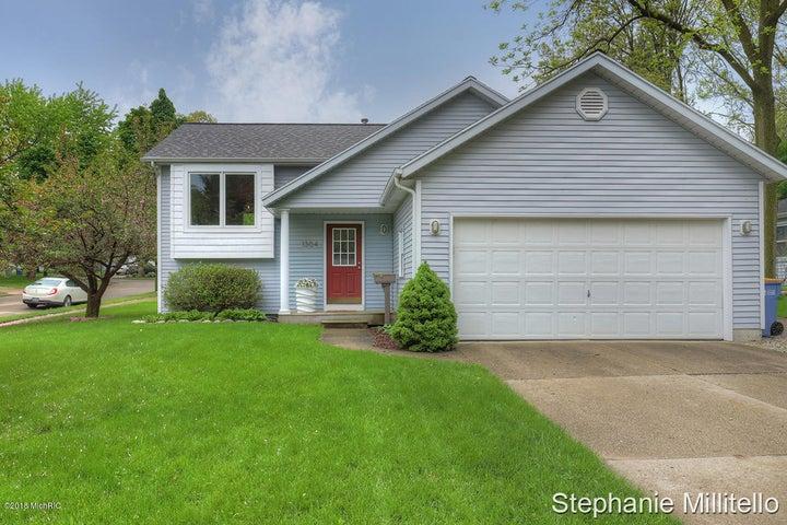 1304 Rosewood Avenue SE, Grand Rapids, MI 49506