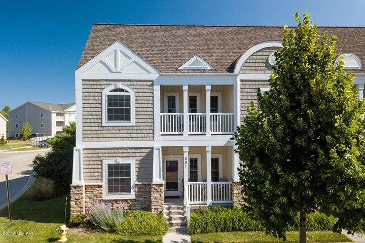 501 Adams Street, Grand Haven, MI 49417
