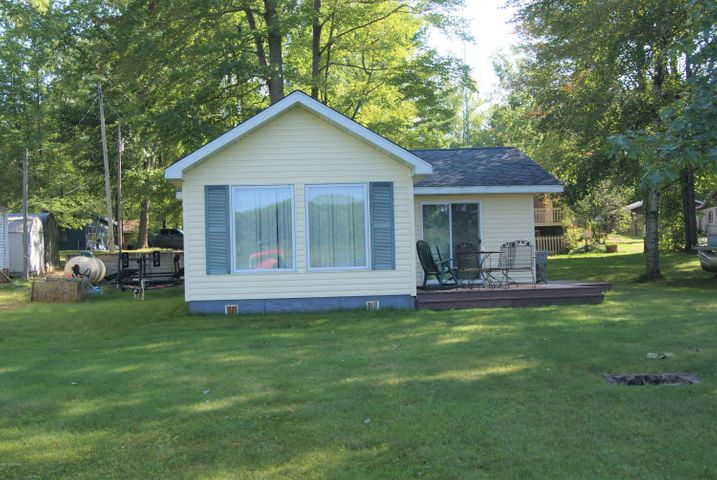 5454 Birch Haven Dr. Drive, Mecosta, MI 49332