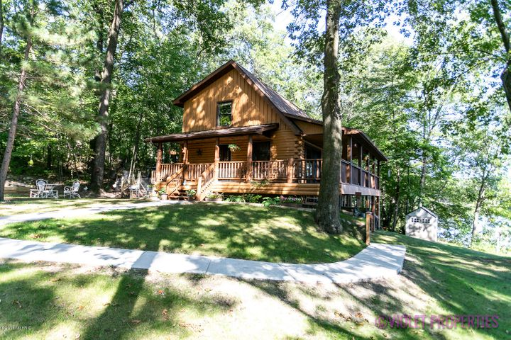 7847 Marsh Road, Plainwell, MI 49080
