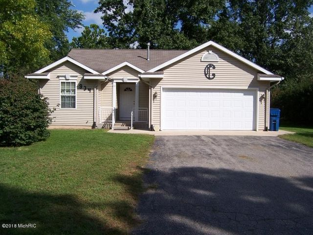 934 alpine Street, Greenville, MI 48838