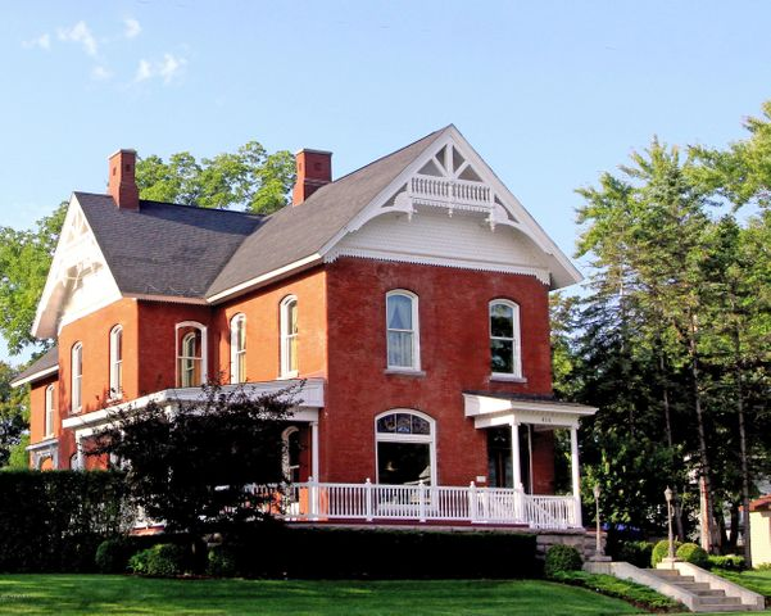 414 Maple Street, Big Rapids, MI 49307