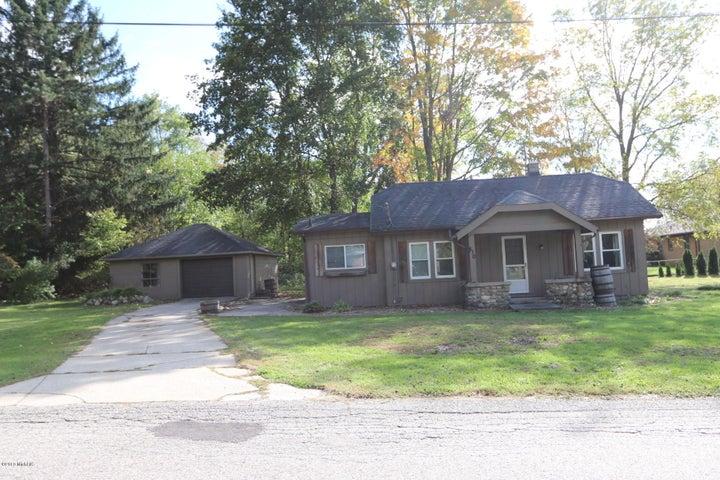 810 Columbus Street NE, Grand Rapids, MI 49525