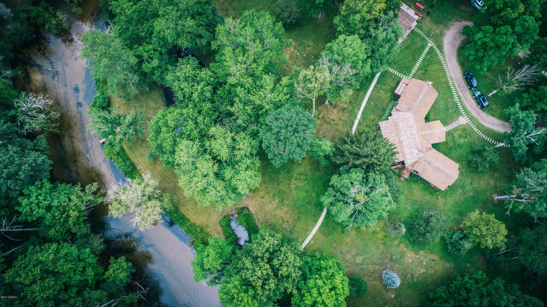 Main Lodge - Marquette River
